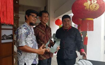 Abdul Kamarzuki, Akmal Jaya, Lin Che Wei