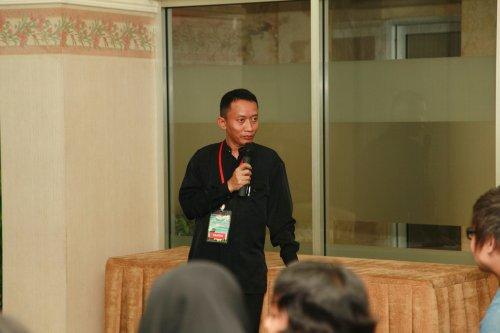 Sebelum menjadi Ka GNI, Pustanto menjabat sebagai Kasubdit Seni Rupa Direktorat Kesenian (Sumber: Facebook Bambang Wijanarko)