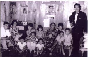 Bersama Keluarga (Dok : Ireng Laras Sari)